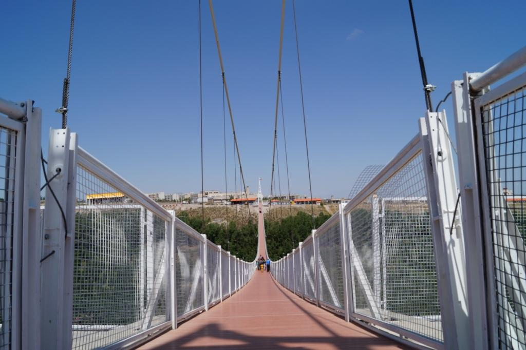Suspension bridge of Meshkin, is one of the largest pedestrian bridge in the world and unique in the Middle East on Khiav chayy Forest Park that is located, length of 365 meters and a height of 80 meters. The project was inaugurated on July 16th 2015 and is now ready to welcome fans and tourists from all over the country and the world. - Panvsavalan