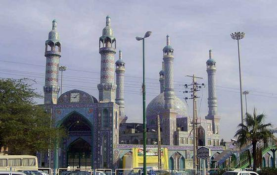 Shrine of Syed Muzaffar located in Bandar Abbas Bandar Abbas in Hormozgan province in the central part of city functions and one of the landmarks in the province in southern Iran