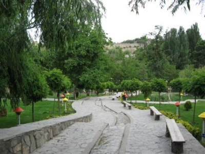 Torghabeh, a summer resort near Mashhad, is a 35-40 minute drive from  citGetting there is simply a matter of stepping on to the street and hailing a taxi.