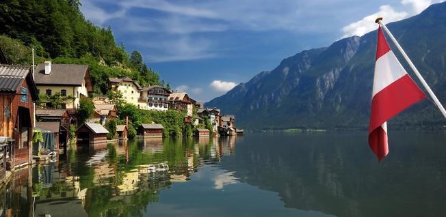 سن مسافران جهت تست pcr سفر به کشور اتریش در شرایط کرونا