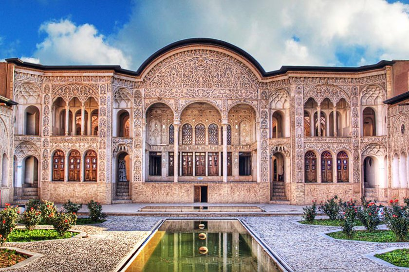 خانه بروجردی ها، نماد عشق قاجاری
