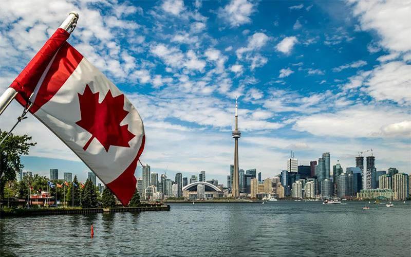 نرخ ویژه نوروز 1400 به کانادا با پروازهای امارات