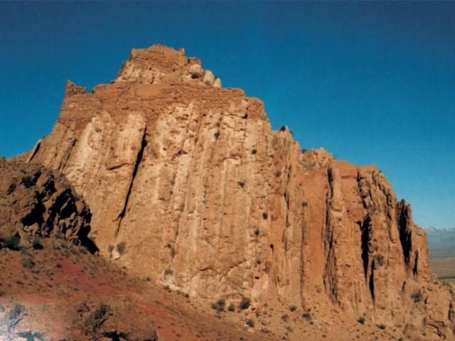 قیز قلعه ساوه، عبادتگاه ساسانیان