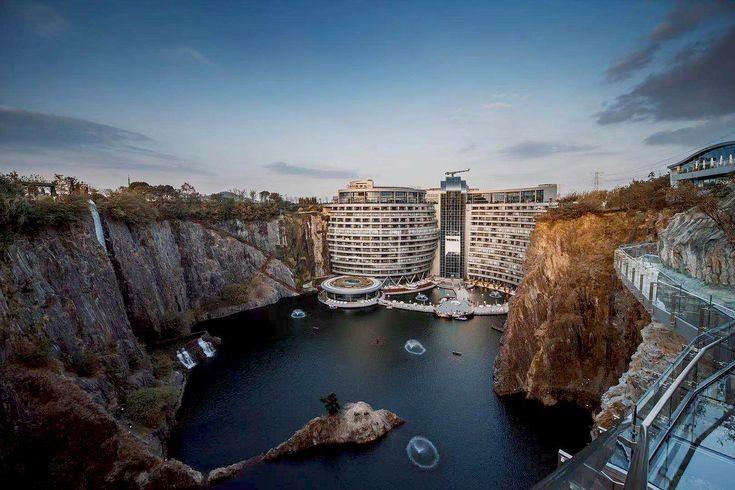 اقامت در سرزمین عجایب، هتل زیرزمینی چین