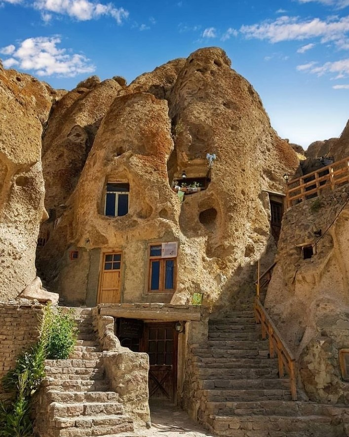 کندوان، سومین روستای صخره ای جهان
