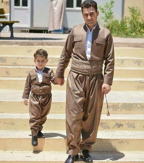 پوشش اصیل مردمان کردستان